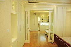 VIP端产房内设的厨房