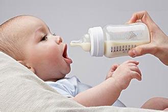 怎样帮助宝宝戒除奶嘴