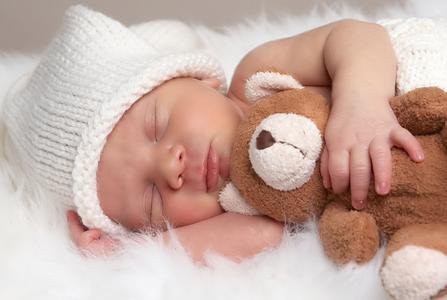 新生儿护理要注意什么